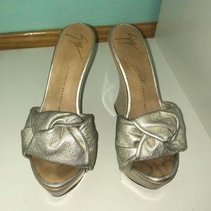 d9db3e76bed2 Giuseppe Zanotti Shoes - Giuseppe Zanotti knotted metallic platform mules